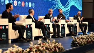 TRT Genel Müdürü Sobacı: Dayatmacı kültürel sese tek alternatif Türk dünyası olacak