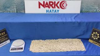 Durdurulan otomobilde 10 bin uyuşturucu hap bulundu