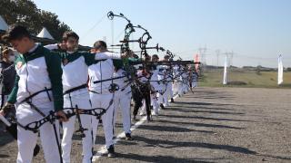 Tuzla'da 29 Ekim Cumhuriyet Bayramı Okçuluk Turnuvası yapıldı