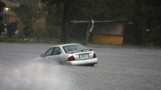 ABD'de kasırga ve şiddetli yağışlar büyük hasar oluşturdu