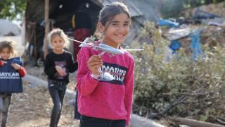 Gabar'a çok 'havalı' hediye: Baykar'dan maket İHA'lı sürpriz