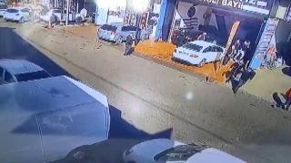 Aracının kusurlarını kabul etmedi, ekspertiz çalışanlarını bıçakladı