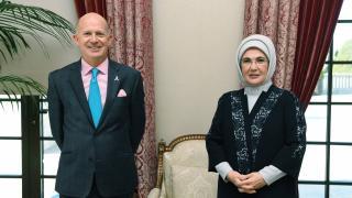 Emine Erdoğan, Birleşik Krallık Ankara Büyükelçisi Chilcott ile görüştü