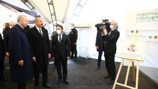 Cumhurbaşkanı Erdoğan ve Aliyev, Karabağ'daki sergide Özdemir Bayraktar'ı yad etti