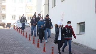 Kayseri'de zehir tacirlerine operasyon: 18 gözaltı