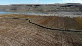 Kars Barajı'nda kuraklık
