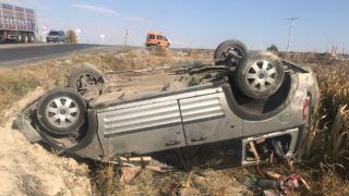 Konya'da hafif ticari araç devrildi: 6 yaralı