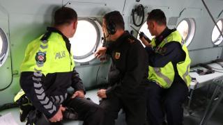 Konya'da jandarma ve emniyet, helikopter destekli trafik denetimi yaptı