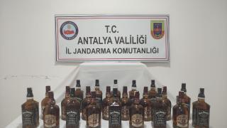 Manavgat'ta bir evde 22 litre sahte içki ele geçirildi