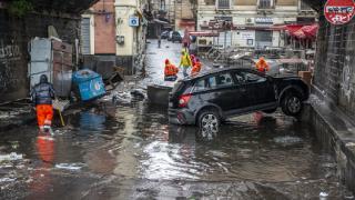 Sicilya adasını sel vurdu