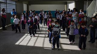 Venezuela'da okullar yeniden açıldı