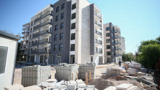 İzmir'de depremzedeler yeni evlerine kavuşmaya başlıyor