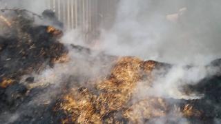 Konya'daki yangında 30 ton saman kül oldu