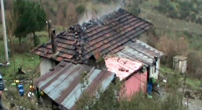 Manisada yangın faciası: 3 çocuk öldü
