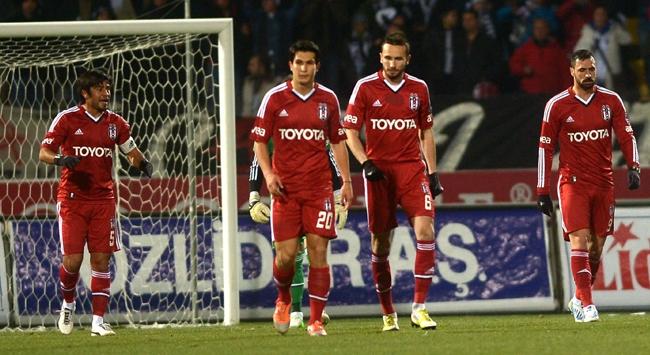 Beşiktaş savunmada sıkıntılı