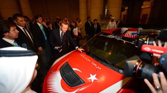 Başbakan Erdoğana Katarda sürpriz karşılama