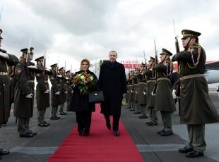 Erdoğana Pragda sürpriz