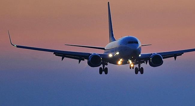 Uçakta olay çıkaran yolcuya hapis cezası