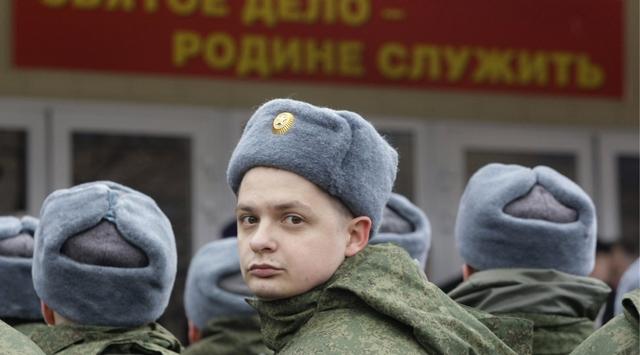 """Rus ordusunda """"açık büfe"""" dönemi"""