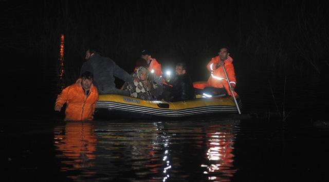 Antalyada şiddetli yağış: 1 çocuk kayıp