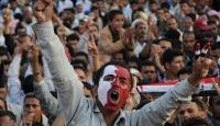 Göstericilerin Üzerine Ateş Açıldı: 12 Ölü