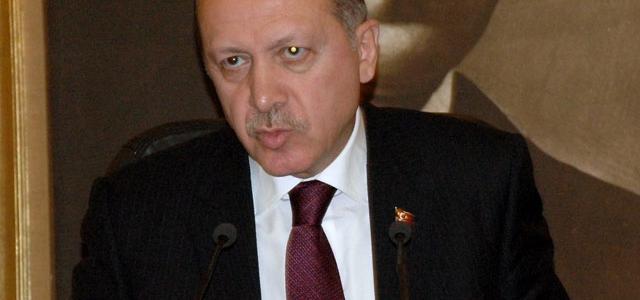 "Başbakan'dan Demirtaş'a ""anket"" cevabı"