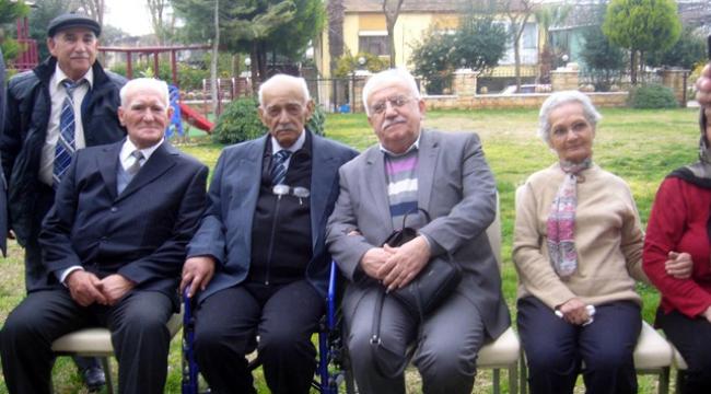 """Yaşlılar için belediyelere """"1 milyon lira"""" destek"""