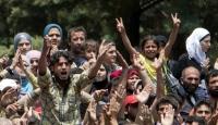 Suriye'de Gergin Cuma