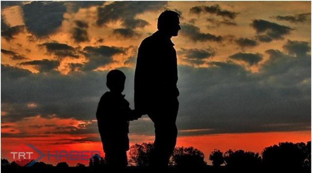 Babanın Davranışı Çocuğun Geleceği Demek