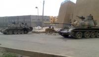 Suriye'de Tanklardan Göstericilere Ateş: 3 Ölü