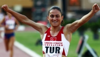 Atlet Binnaz Uslu'dan 2. Altın Madalya