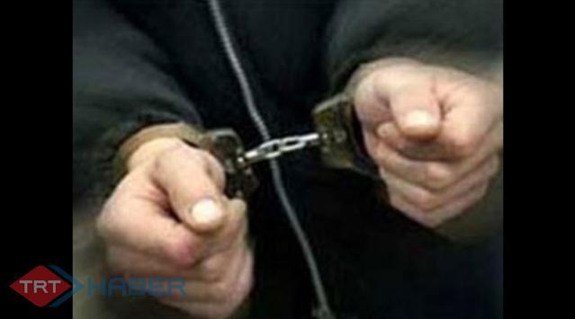 İzmirde Şafak Operasyonu: 30 Gözaltı