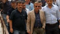 Bursa'da Sevinç, Yazıcı Serbest