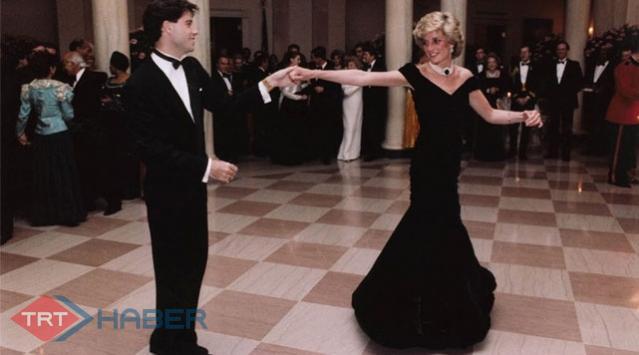 Diananın Elbisesine 821 Bin Dolar