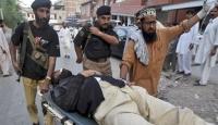 Pakistan'da İki İntihar Saldırısı: 15 Ölü