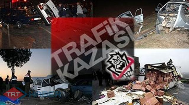 İzmirde trafik kazası: 1 ölü 1 yaralı