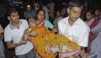 Hindistan'da Depremin Bilançosu Ağırlaşıyor