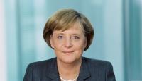 Merkel Neonazi Cinayetlerini Kınadı