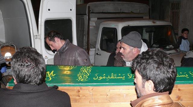 Anne ve engelli 2 kızı soba kurbanı