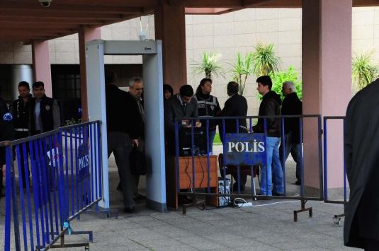 İzmirde askeri casusluk davası başladı