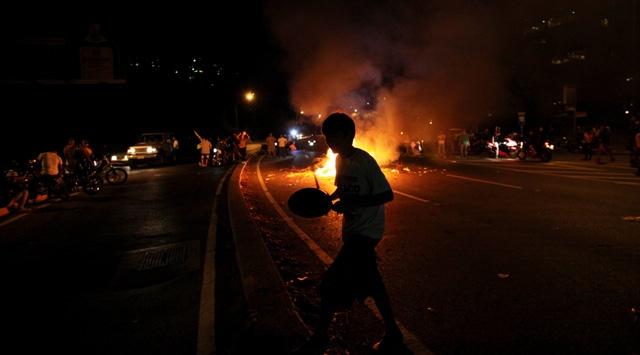 Venezuelada gösterilerde kan aktı