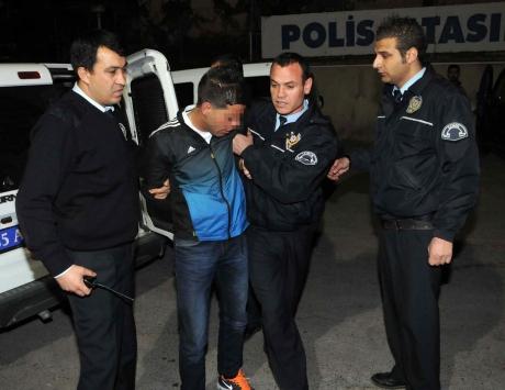 Hırsızı GPRS yakalattı