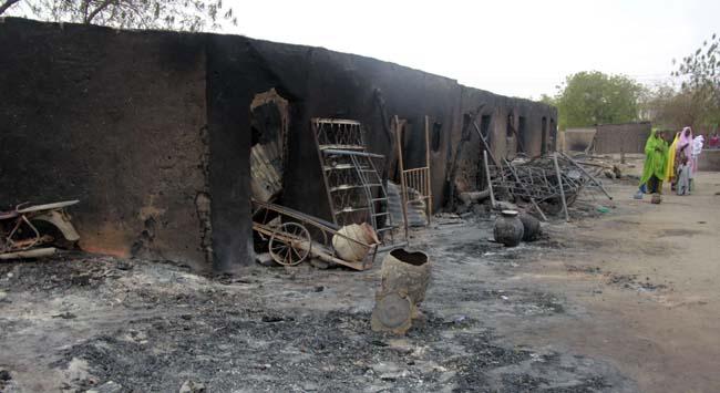 Nijeryada ordu, kampları bombaladı
