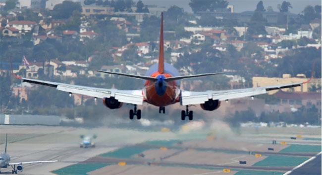 Yolcu uçağı rehin alındı iddiası yalanlandı