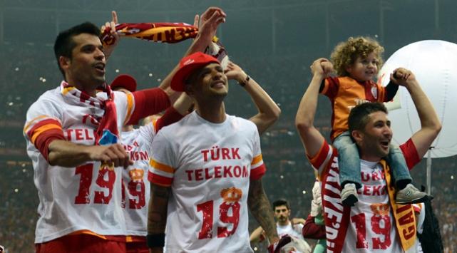 Galatasarayın değeri düştü