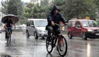 Kuvvetli Yağışlar Yurdu Terk Ediyor