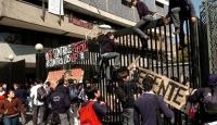 Şili'de Ortaokul Öğrencileri Ayaklandı