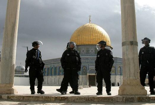 Kudüs Müftüsünü gözaltına aldılar