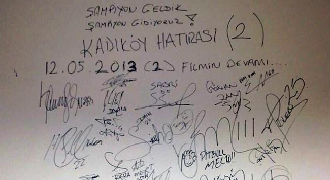Galatasaraylı futbolculardan Kadıköy hatırası