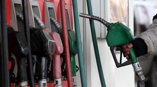 Benzin fiyatları yükseldi
